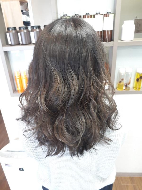 【薩摩川内市の美容室トゥールトロー】lady'sヘアスタイル④のサムネイル